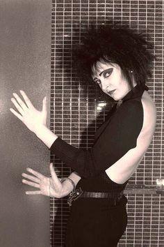 "painted-bird: ""Siouxsie Sioux, 1980 """