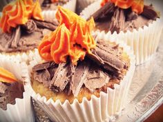 Wild West Party How To's: Cute Campfire Cupcakes. Cute and scrumptious treat. Wild West Party How To's: Cute Campfire Cupcakes. Cute and scrumptious treat… – Campfire Cupcakes, Camp Cupcakes, Bonfire Cake, Party Cupcakes, Guy Cupcakes, Hunting Cupcakes, Autumn Cupcakes, Campfire Cake, Fishing Cupcakes