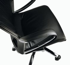 office chair Modus by Wilkhahn / executive leather chair. Also available as a conference chair or desk chair. Executive Office Chairs, Swivel Office Chair, Desk Chair, Conference Chairs, Office Set, Palette, Casual, Leather, Color