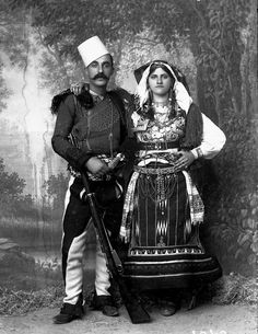 P. Marubi - Cin N . Deda me kostume nga Malcia e Madhe 1897 - 1903