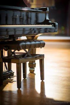 Piano Steinway and Sons at Oméga recording studio - Paris