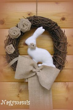 Grapevine Wreath, Burlap Wreath, Holiday Wreaths, Diy And Crafts, Spring, Creative, Handmade, Farmer, Art