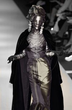 http://flabergastertron.tumblr.com/post/135312654020/130186-jean-paul-gaultier-fall-2002