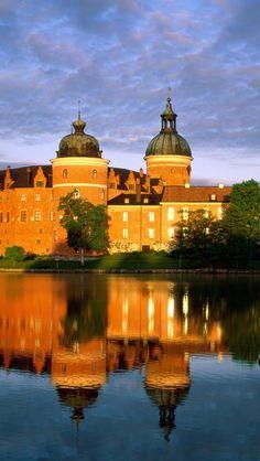 Gripsholm-Castle-Mariefred-Stockholm-Sweden