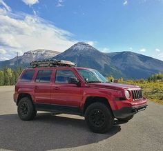 Jeep Patriot Sport, Sciatica Exercises, Jeep Renegade, Spare Parts, Jeeps, Supergirl, Offroad, Muscle Cars, Dream Cars