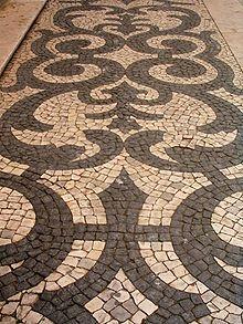 Calçada portuguesa – Wikipédia, a enciclopédia livre Mosaic Garden, Mosaic Art, Sidewalk Landscaping, Rock Pathway, Stone Pavement, Crazy Paving, Pebble Floor, Portuguese Culture, Paving Stones