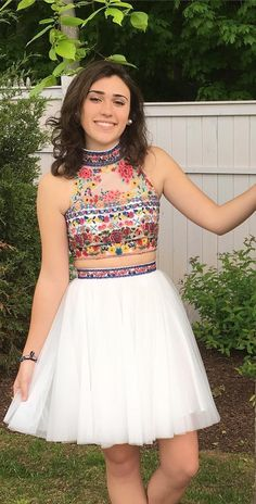long prom dresses - Two Piece Short Embroidery Floral White Homecoming Dress Floral Homecoming Dresses, Hoco Dresses, Trendy Dresses, Ball Dresses, Fashion Dresses, Girls Dresses, Dress Outfits, 8th Grade Formal Dresses, Mexican Dresses
