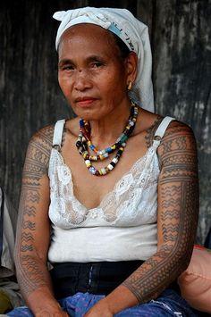 Beautiful Tattooed Kalinga Woman 3