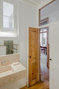 Apartamento Anjos - João Morgado - Fotografia de arquitectura | Architectural Photography Small Bathrooms, House, Architecture, Furniture, Home Decor, Barn Houses, Bathroom Ideas, Granite, Bathrooms