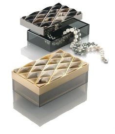 InStyle-Decor.com Beverly Hills Luxe Italian Designer Polished Horn Jewelry Box Inspiring Interior Design Fans With Luxury Home Decor Ideas From Hollywood Enjoy & Happy Pinning