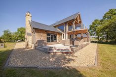 Timber framed dream home in Worcestershire exceeds couple's expectations Pivot Doors, Oak Doors, Oak Framed Buildings, Oak Frame House, Victorian Cottage, Planning Permission, Garden Buildings, New Property, Open Plan Kitchen