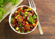 Kung Pao Chicken, Chana Masala, Salads, Beans, Vegetables, Ethnic Recipes, Food, Liliana, Ariel