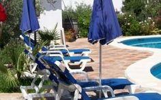 Nuestras piscina y solarium, se añaden a nuestra amplia variedad de servicios.