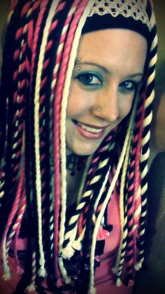 Making yarn dread falls: Dread Falls are temporary tie-in hair pieces that are used to achieve the look of dreadlocks without putting your hair through all of the torture of actually doing dreads. ...