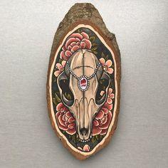 Wood slice with an original drawing of a fox skull door Inkspirednl