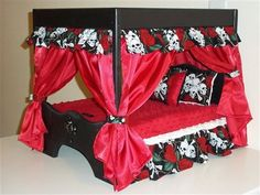 The Doggie Couture Shop Puts Out of Sight Luxury Dog Beds, Wonderfully in Plain Sight. Check them out and buy the best one for your dog! Puppy Beds, Pet Beds, Doggie Beds, Pet Furniture, Furniture Styles, Fancy Dog Collars, Bed Images, Diy Cat Toys, Diy Canopy