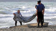Torre Mileto: resti umani in riva al mare - http://blog.rodigarganico.info/2014/cronaca/torre-mileto-resti-umani-in-riva-mare/