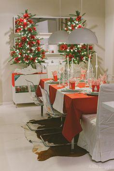 Tons claros fazem sobressair o vermelho de Natal.