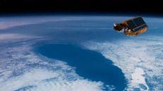 Un satélite europeo alerta: el hielo del Ártico desaparecerá en 10 años