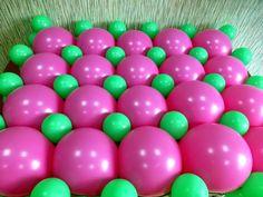 Панно из воздушных шаров на сетке. Инструкция по изготовлению