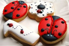 LADYBUGS - 1 Dozen decorated sugar cookies - platter sized. $27.00, via Etsy.