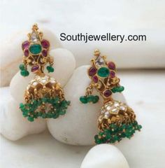 Antique Earrings latest jewelry designs - Page 3 of 57 - Indian Jewellery Designs Gold Jhumka Earrings, Jewelry Design Earrings, Gold Earrings Designs, Necklace Designs, Gold Designs, Jhumka Designs, Cuff Jewelry, Chain Earrings, Jewelry Shop