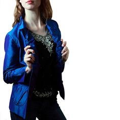 Shubrah, Peacock Blue Crop Front, Size S