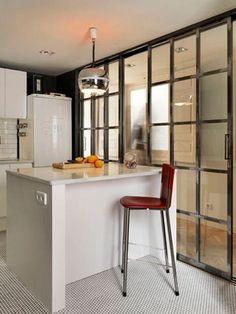 Open Kitchen And Living Room, Kitchen Dinning, Open Plan Kitchen, Kitchen Furniture, Kitchen Interior, Home Interior Design, Interior Decorating, Room Divider Doors, Casa Clean