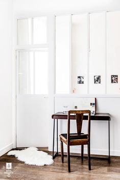 white room with tall windows and door and wood desk and chair / sfgirlbybay school kamer ideeën Scandinavian Interior, Home Interior, Interior Styling, Glass Room Divider, Windows And Doors, Tall Windows, Beautiful Interior Design, Home And Deco, Decoration