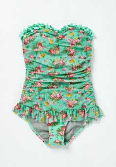 Splash More Like It! Swimsuit. A bathing suit as good at catching eyes as it is at catching rays? #green #modcloth