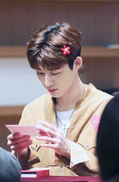 (4) ทวิตเตอร์ Kim Hanbin Ikon, Ikon Kpop, Yg Ikon, Ringa Linga, Ikon Leader, Koo Jun Hoe, Ikon Debut, Ikon Wallpaper