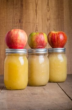 Lacto-Fermented Applesauce- Been to an orchard lately? This recipe is great for kids! Maybe in a lunchbox?