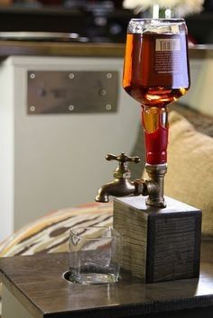 Liquor bottle dispenser diy happy hour photos projects man cave bars for gifts whisky bar Ideias Diy, Home Projects, Diy Projects For Men, Carpentry Projects, Diy For Men, Home Improvement, Inspiration, Home Decor, Liquor Dispenser