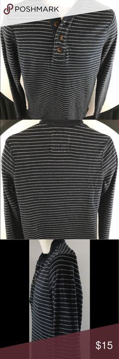 """Pre owned men's Abercrombie & Fitch shirt A pre owned men's long sleeve gray and black striped medium sized Abercrombie & Fitch length 27.5 Sleeve 29""""  Chest 18"""". Cotton blend made in Vietnam in excellent condition no stains or tears Abercrombie & Fitch Shirts"""