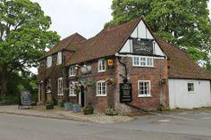Nag's Head Pub, Great Missenden #Village #UK British Family, World Traveler, Great Britain, United Kingdom, Houses, Cabin, London, House Styles, Homes