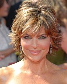 Hair Cuts Short Layers Lisa Rinna Ideas For 2019 Hair Styles For Women Over 50, Short Hair Styles Easy, Hot Hair Styles, Short Hair With Layers, Short Hair Cuts For Women, Short Cuts, Short Shaggy Haircuts, Shaggy Short Hair, Short Shag Hairstyles