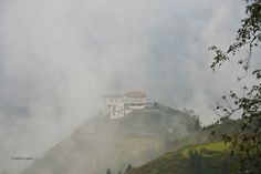 Vietnam Sapa Vallée dans les nuages Vietnam, Painting, Art, Clouds, Photographs, Art Background, Painting Art, Kunst, Paintings