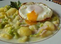 Kapusta s brambory a šunkou na smetaně