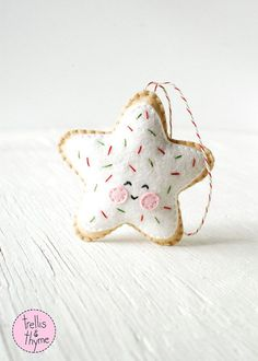 PDF Pattern Sugar Cookie Star Kawaii Christmas by sosaecaetano. Christmas decor inspiration. Please choose cruelty free, go vegan!