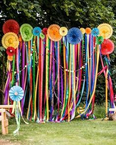 60 Inspiring Outdoor Summer Party Decorations Ideas Outdoor parties are really Mexican Fiesta Party, Fiesta Theme Party, Fiesta Party Centerpieces, 60s Party Themes, Theme Parties, Wedding Centerpieces, Hippie Party, Hippie Birthday Party, Baby Birthday
