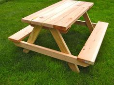 DIY Child's Picnic Table
