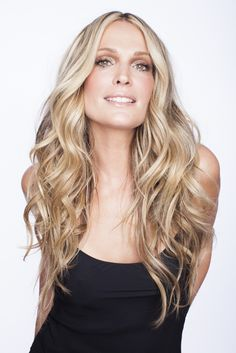 Beachy waves: http://www.stylemepretty.com/living/2015/01/09/beachy-bombshell-hair-with-molly-sims-her-new-book/