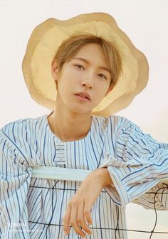 Getting the job as NCT manager may sound like a dream to fans, … Nct 127, Jisung Nct, Sehun, Nct Dream We Young, Wallpaper Collection, Nct Group, Nct Dream Members, Johnny Seo, Huang Renjun