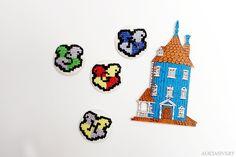 Harry Potter Hogwarts house crest cross stitch fridge magnets by Alicia Sivertsson.