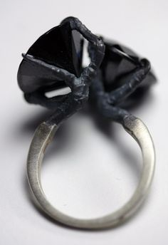 sparrow claw conjoined ring. $170.00, via Etsy.