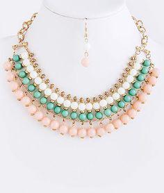 Collar de piedras verde, rosa y blanco.: