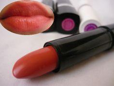 AVON Ultra Beauty lipstick - Skin