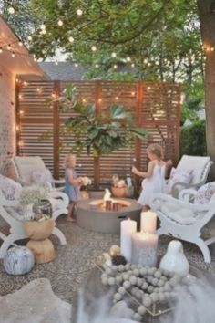 Wie machen sie ihr haus verkaufen, für mehr diy-ideen und tipps von einem magnolia makler. Small Patio Design, Backyard Patio Designs, Small Backyard Landscaping, Pergola Patio, Patio Privacy, Landscaping Ideas, Pergola Kits, Balcony Design, Sand Backyard