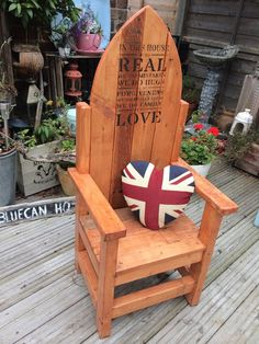 Childs Throne from pallet wood