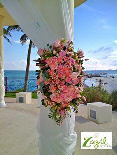 Cancun florist  Floral decor for weddings and events. Contact us: ventas@floreriazazil.com www.floreriazazil.com #cancunweddingflowers #beachweddings #destinationweddings #pinkweddings
